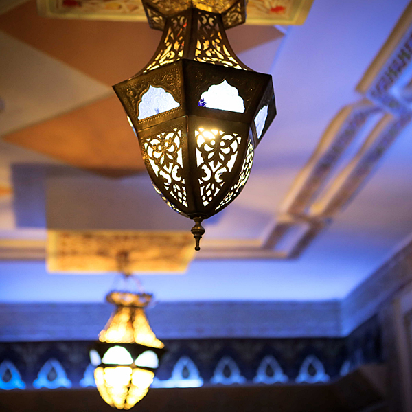 photo-restaurant-table-marocaine